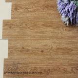 Plancher desserré de vinyle de configuration de Lvt de planche en bois commerciale de PVC