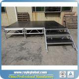 Estágio ao ar livre da plataforma de madeira de alumínio do frame