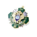 고품질 금 색깔 금속 기장, 접어젖힌 옷깃 Pin (GZHY-CY-009)