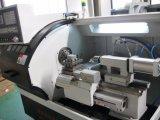 Pequeño chino CNC Tornos metálicos para la venta CK6132A