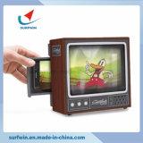 Smartphone TV en carton de haute qualité à la loupe