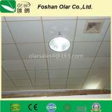 Instalación interna del tablero del techo del cemento de la fibra