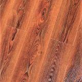 Medio ambiente realista Non-Deformation impermeable duradera madera Piso Laminado Junta para la decoración del piso interior