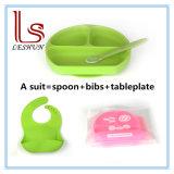 L'éco- Friendly bébé vaisselle vaisselle de la plaque de la plaque avec cuillère et bavoirs