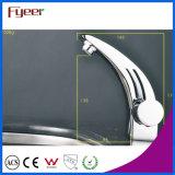 Taraud de mélangeur simple de l'eau de robinet de lavabo de salle de bains de chrome de Fyeer Handle&Hole