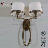 Lâmpada de parede moderna da tela de duas máscaras para o quarto