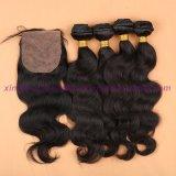 8A加工されていない100%の人間の毛髪のバージン絹の基礎閉鎖が付いているインドボディ波の束