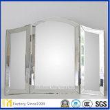 Abgeschrägter Spiegel mit verschiedenen Formen von Silber-überzogenem Spiegel