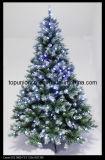 De Kunstmatige pre-Lit Boom van de kerstboom 7611