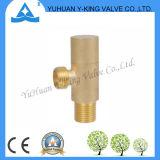 Válvula de ángulo de alta calidad para grifo de accesorios (YD-5022)