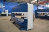 Машинное оборудование пробивая давления башенки CNC используемое для процесса металлического листа
