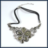 De nieuwe Juwelen van de Manier van de Halsband van de Tegenhanger van de Bloem van de Hars van het Ontwerp van het Punt