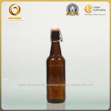 Umfangreiche Schwingen-Oberseite-Bier-Glasflasche im Bernstein (900)