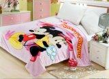 Le bébé Swaddle les couvertures molles et le bébé confortable recevant des couvertures