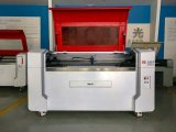 Новый автомат для резки гравировки лазера конструкции для MDF пластическая масса на основе акриловых смол