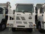 도로 광업 팁 주는 사람 트럭 떨어져 HOWO 50ton 6X4