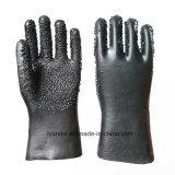 Частицы Non-Slip черного цвета с покрытием черного цвета водонепроницаемые перчатки из ПВХ