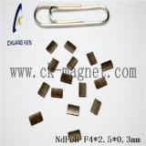 Ck 233 NdFeB 자석 급료 F4*2.5*0.3mm