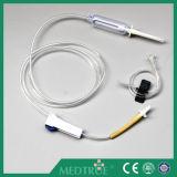 CE/ISO aprovou a infusão descartável médica ajustada (MT58001212)