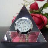 Pirámide de Cristal de vidrio de reloj con el logotipo de Sandblast para decoración de oficina