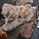 een paar van het Marmeren Beeldhouwwerk van de Leeuw
