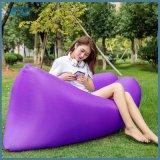 Purpurrotes Mitteilungsblatt-Luft-Bett für im Freien