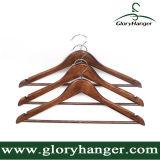 Houten Hanger met de Staaf van de Broek voor het Kledingstuk van de Winkel van Kleren met de Haak van het Metaal