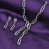 Juwelen van de Prijzen van de Namaakbijouterie van de Legering van het zink de Concurrerende die met Oorring en Halsband worden geplaatst