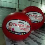 Bekanntmachen der aufblasbaren Helium-Ballone für das Bekanntmachen