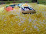 Bille de fun en plastique souple colorée de l'Océan Mer boule Boule pour parcs de loisirs