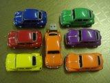 USB Flash Drive de plástico Volkswagen Escarabajo de coches (OM-P138)