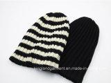 100% أكريليكيّ يحبك قبعة مع [ستريبد] حاجة