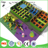 Das Kippen heraus der Superspaß-Qualitäts-Trampoline-Park