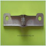 Soem, welches das maschinell bearbeitenmetall stempelt das Teil angepasst stempelt