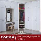 Moderner Entwurfs-Garderobe-Wandschrank für Schlafzimmer-Möbel mit Lack-Tür