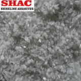 Белые зерна алюминиевой окиси взрывая средства