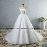 A - ligne encolure fine avec la robe de mariage perlée de lacet de Tulle de cristal