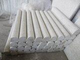 真珠の白い花こう岩の建築材料の壁は無作法な床タイルをタイルを張る