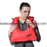 Maglia di vita di nuoto della presa d'aria con il fischio di vita per canottaggio navigante usando una presa d'aria che Kayaking