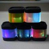 Geluid het HOOFD Kleurrijke Lichte A7 Draadloze van de Spreker Bluetooth met de Radio van de FM