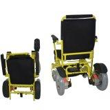 A terapia de reabilitação fornece energia para a cadeira dobrável Handicap
