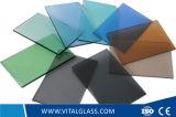 汚れた暗い青銅か青いフロートガラスはまたはフロートガラスを染めるか、または着色するか、または塗った