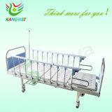 침대를 간호하는 병원 가구 아이들의 배려 침대