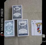 Карточки пластичных Coated средств играя