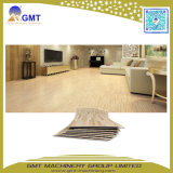 Feuille de bois en PVC Vinyl Plank Flooring Decking extrusion plastique machine