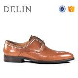 Новая конструкция прочного ручной работы мужчин платья кожаную обувь