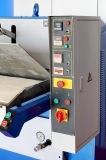 熱い販売の平面の油圧革ハンドバッグの出版物の浮彫りになる機械(hge120t)