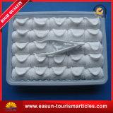 皿が付いている使い捨て可能な顔の綿タオル