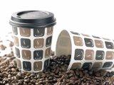 Paredes de papel desechables sola taza de café