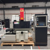 Velocidad media de CNC cable cortado a máquina de EDM